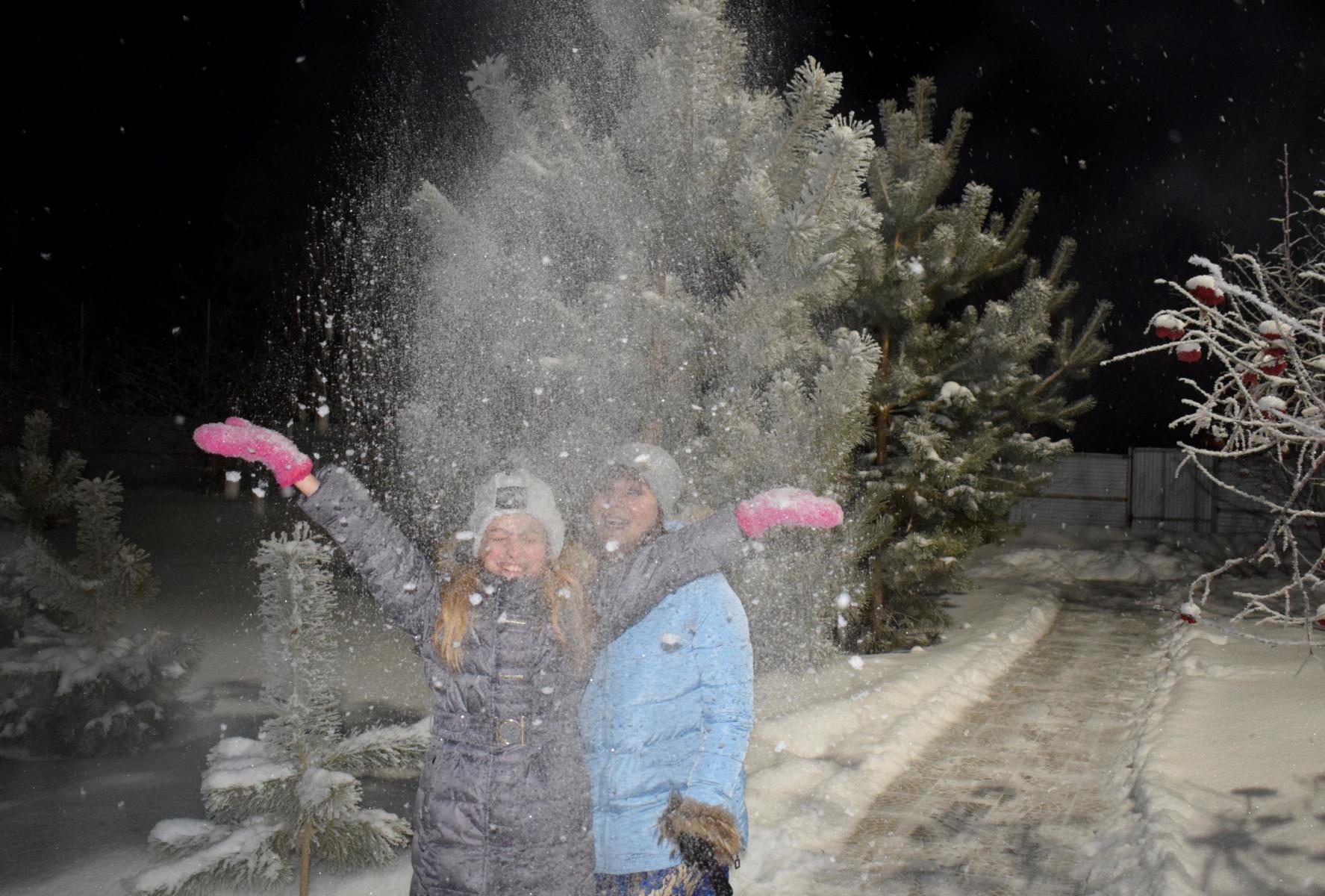 Новый год на базе отдыха Петровское с Вокруг Света