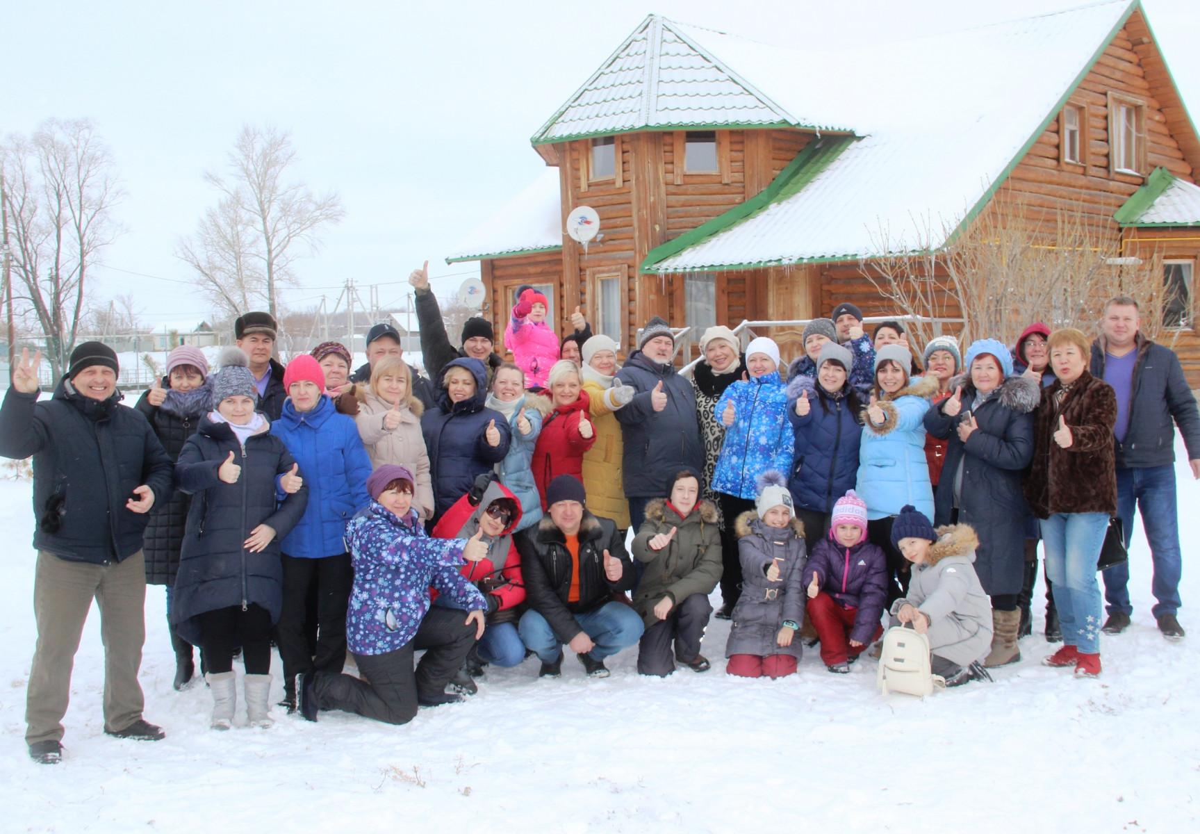 Новый 202 год на базе отдыха Петровское с Вокруг Света